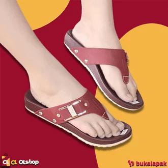 Sandal flat jepit Rp.35.000